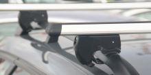 NEUMANN, KIA, Pride, 5-dr Hatchback, r.v. 1997->2000, s podélnými nosiči.